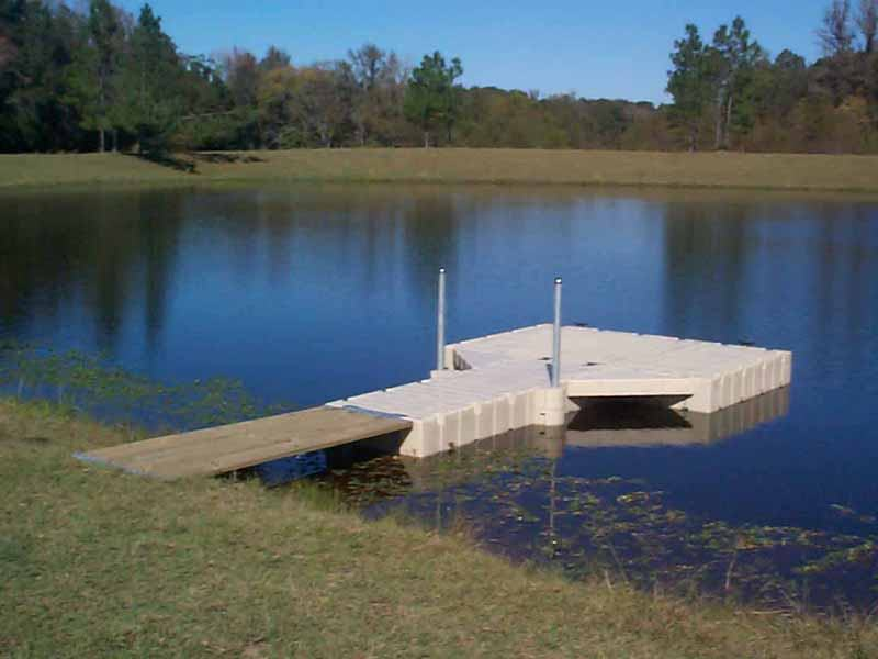 Stock Pond Floating Docks